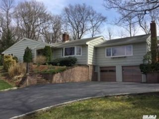3 BR,  2.00 BTH  Colonial style home in Bayville